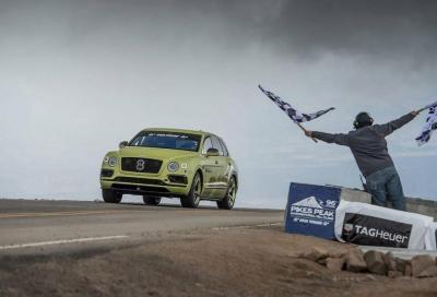 Pikes Peak, la Bentley Bentayga è regina tra le SUV