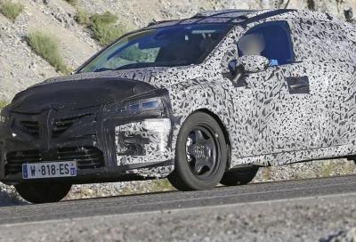 Nuova Renault Clio: sarà anche ibrida?