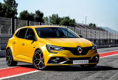 Nuova Renault Megane RS Trophy: 300 CV e Telaio Cup