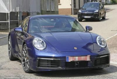 Nuova Porsche 911 (992): prime foto spia senza veli