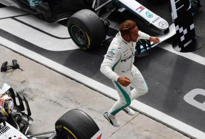 F1, GP d'Italia: le Mercedes espugnano Monza, inferno per le Rosse