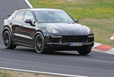 Porsche Cayenne Coupé: in azione al Nurburgring