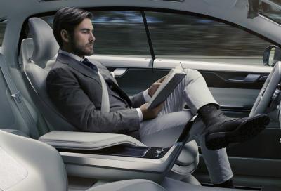 Le auto a guida autonoma in caso di incidente avranno una coscienza?