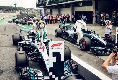 F1, Ocon regala a Hamilton il GP del Brasile, Verstappen furioso