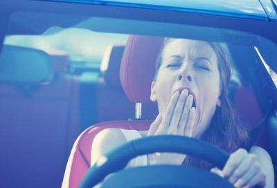 Colpo di sonno alla guida: un fenomeno in forte crescita