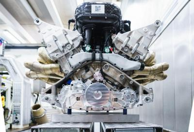 Aston Martin Valkyrie: per lei un 6,5 litri V12 aspirato da 1.014 CV e 11.100 giri