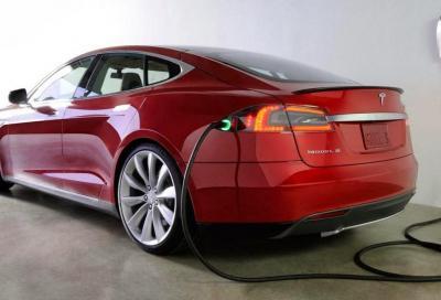 Emissioni: allo stato attuale il diesel inquinerebbe meno dell'elettrico
