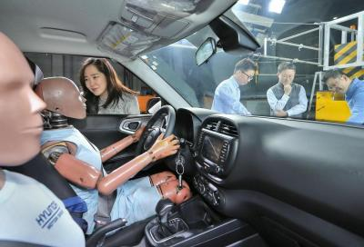Hyundai: in arrivo un airbag per collisioni multiple