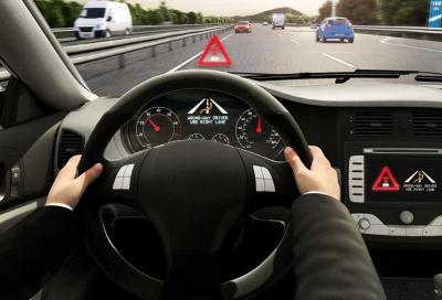 Bosch ti avvisa in caso di guida o di veicolo in contromano