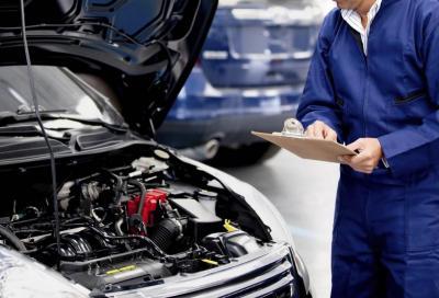 Revisione dell'auto: quando scade, come si fa e quanto costa?