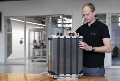 Bosch spinge sulle celle a combustibile per l'Automotive