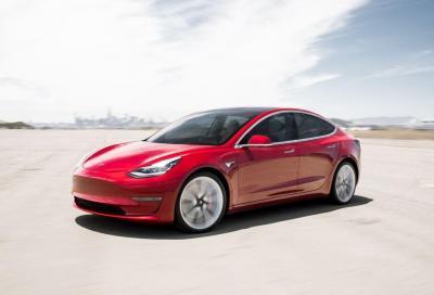 Tesla Model 3: per il Canada con solo 150 km di autonomia