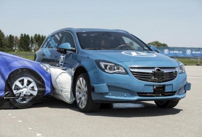 ZF: nuovi airbag laterali esterni antiurto