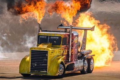 600 km/h con un camion? Con Shockwave Truck si può!