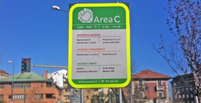 Milano, Area C attiva tutto agosto e aumenti in arrivo