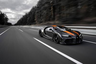 Bugatti è ancora da record: 490 km/h con la Chiron!