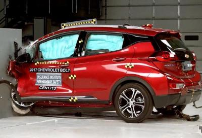 Auto elettriche: in caso di incidente sono sicure?