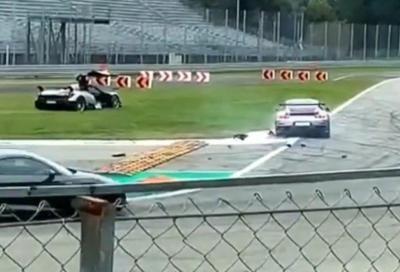 Porsche GT2 RS si schianta contro una Pagani Huayra BC