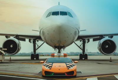 Lamborghini dona una Huracàn all'Aeroporto di Bologna
