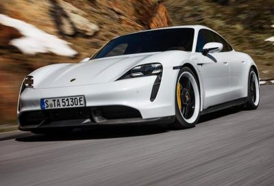 Porsche Taycan: per l'Epa l'autonomia è di soli 323 km