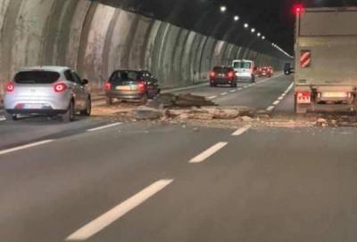 Autostrade: ben 200 gallerie non sarebbero a norma