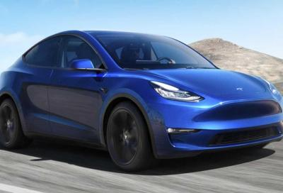 Tesla Model Y: al banco l'autonomia supera i 700 km