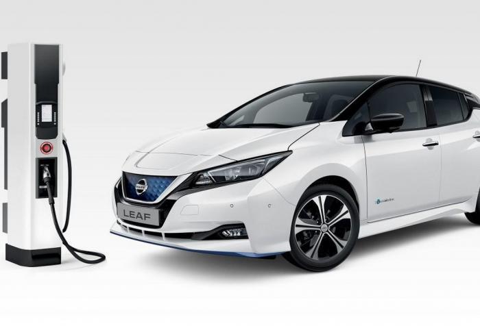 Nissan Leaf e+: benvenuta batteria da 62 kWh