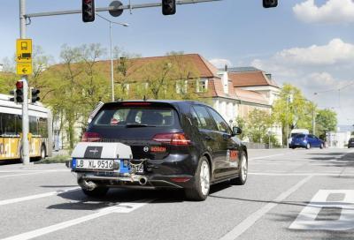 Regno Unito: dal 2035 stop ai veicoli benzina, diesel, metano ed ibridi