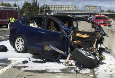 Tesla Autopilot: sicuri sia così affidabile e infallibile?