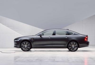 Volvo S90 e V90: l'aggiornamento sa di ibrido