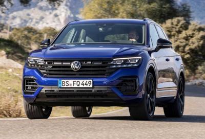 Volkswagen Touareg R: il super Suv introduce la presa di ricarica