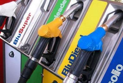 Coronavirus: in ribasso anche i prezzi dei carburanti