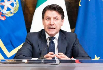 Coronavirus: con il nuovo decreto multe fino a 3000 euro e reclusione fino a 5 anni