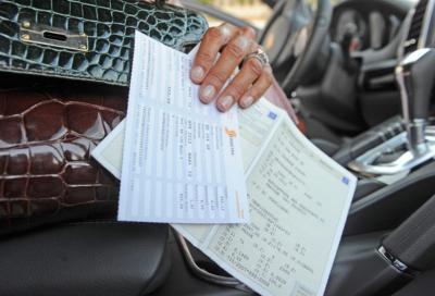 Coronavirus, Bollo Auto: Emilia-Romagna, Lombardia e Piemonte rinviano il pagamento