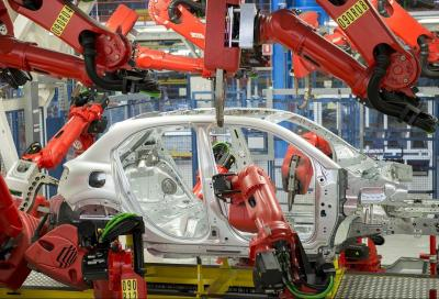 Coronavirus: Volkswagen perde 2 miliardi a settimana