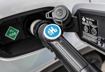 Mercedes: stop all'idrogeno perché troppo costoso
