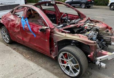 Tesla Model 3: praticamente indistruttibile