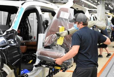 Mercato auto: Unrae lancia il grido d'allarme