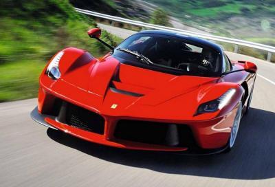 Ferrari: elettrica non prima del 2025