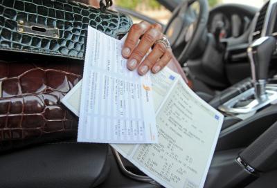 Bollo auto: la Lombardia lo rinvia fino al 31 ottobre