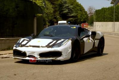 Ferrari V6 ibrida: eccola aggirarsi per Maranello