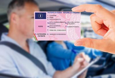 Patente e revisione auto: cambiano le scadenze