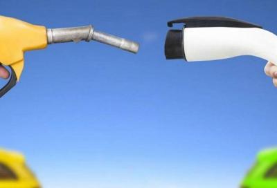 Diesel vs Elettrico: sulle emissioni il gasolio sembra avere la meglio