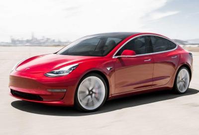 Tesla Model 3: con gli incentivi quanto si risparmia?