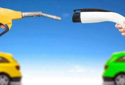 Elettrico vs benzina: chi è più virtuso sul fronte delle emissioni?