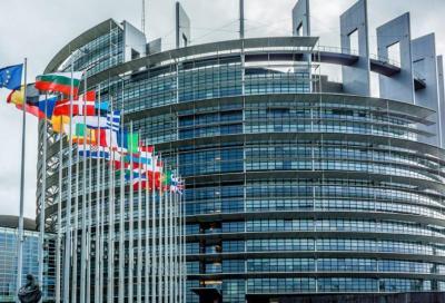 Emissioni: taglio del 60% entro il 2030 approvato dal Parlamento Europeo