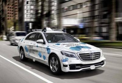 Mercedes: la guida autonoma non è così importante