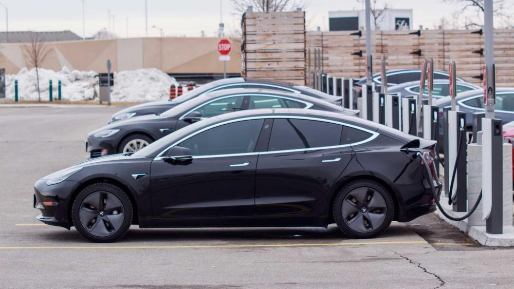 Tesla ha sfiorato la bancarotta - Automobilismo