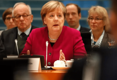 I motori endotermici hanno l'appoggio della Merkel