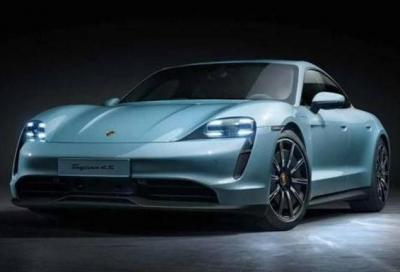 Nove ore per 210 km: è il record negativo di una Porsche Taycan 4S